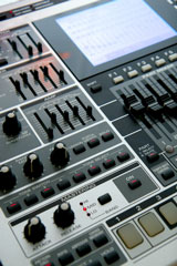 electronic music workstation controls
